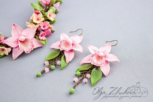 Bracelet and earrings with pink orchids by polyflowers