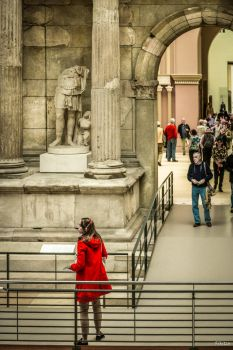 museum and people by Rikitza