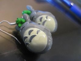 Totoro earrings by MagicalMegumi