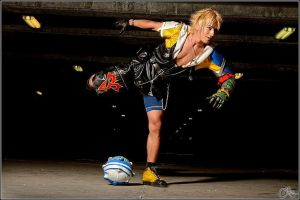 Leon Chiro as Tidus - Final Fantasy # Shot 3 by LeonChiroCosplayArt