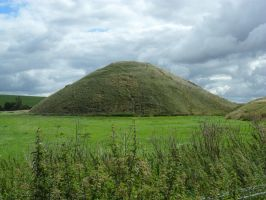 Silbury hill by Iglybo