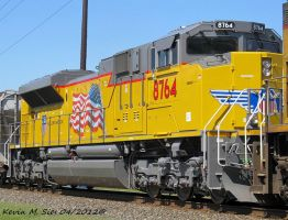 The latest UP SD70ACe 8764 on CSXT Q687 18 by EternalFlame1891