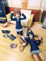 Yui and Azusa by WINDEARTFLY