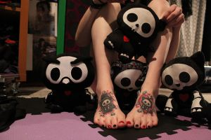 Skelanimals and feet by CupCakeMonsterCrafts
