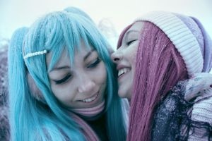 Miku and Luka - VOCALOID by NatalieCartman
