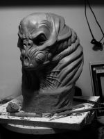Alien Bust by glaucolonghi