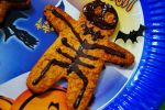Halloween gingerbread man vegan recipe by dreamingonapaper