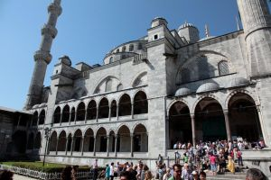 Istanbul - Sultan Ahmet Camii IX by puppeteerHH