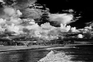 Partly Cloudy by clippercarrillo