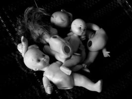 The Dolls Massacre by aperfectissue