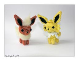 Chibi Flareon and Jolteon Amigurumi by LeFay00