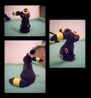 Umbreon Plush by fireflytwinkletoes