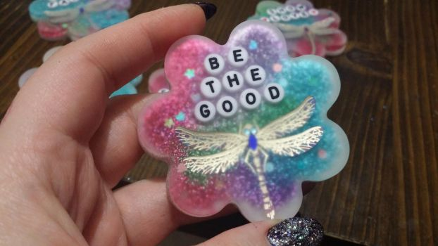 Be the good  resin piece.  by Livingdeadgirl30