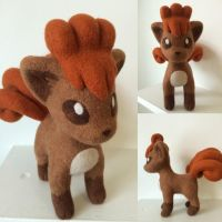 Needle felt vulpix by Wool-Alchemist