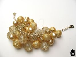 Gold Crackle Cluster Bracelet by TheFuzzyPineapple
