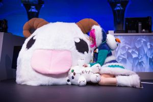 Poro Cosplay and Frostfire Annie Cosplay by Hakum3n