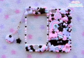 Pastel goth inspired cover for Iphone4 by CiaLa