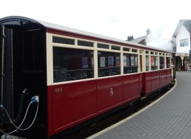 Ffestiniog Rly. Carriage 125 at Porthmadog by rlkitterman