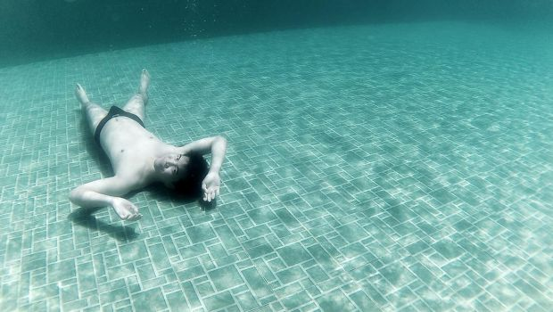 KEEP CALM AND HAVE UNDERWATER PHOTO by miyukidark
