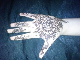 Henna.2 by BeautifulLoneliness