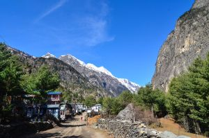 Annapurna Circuit - Day 4 - Village Crossing by LLukeBE