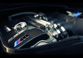 BMW M3 Engine by dejz0r