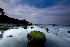 Batu Bolong by rosekampoong