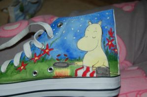 custom painted moomin shoes 4 by ratticuss