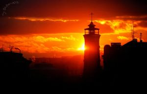 The old fire-lookout tower. by Naepharokhl