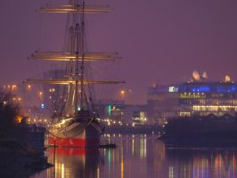Tall Ship by macrodger
