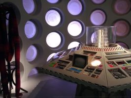 Vintage TARDIS console by Steelgohst by steelgohst