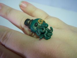 Gentleman Cthulhu Ring by sweet-geek