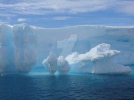 Antarctic Iceberg by billadler