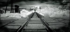 Rails to Infinity infrared... by MichiLauke