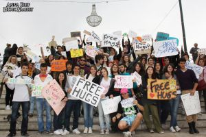 Free Hugs Event Athens 71 by annafilip