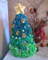 My mom's Christmas tree Choinka mojej mamy by Kusu-dama