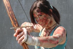 Lara Croft (Tomb Raider) A survivor is born 2013 by Fangx3