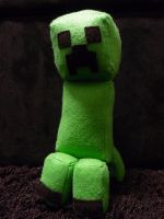Creeper by decadolescent
