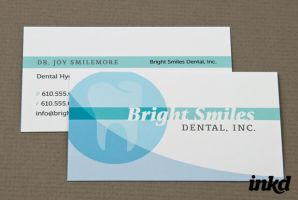 Family Dentist Business Card by inkddesign