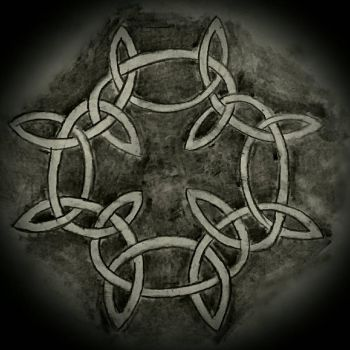 Charcoal Celtic Knot by BlahBlahToucan