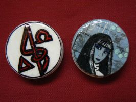 Painted pill caps by AmyWeaving