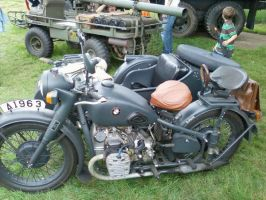 BMW Motorcycle by BlitzkriegShepherd44