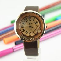 Fashion style ladies vintage leather watch by ailsalu
