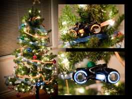 Tron Christmas Tree by deviouselite