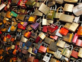 Love Padlocks by FrozenAnnie