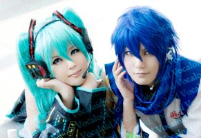Vocaloid : Miku and Kaito by rinabyakuran