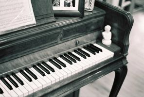 Piano by sponch