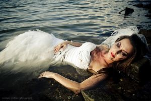trash my dress II ... by MoniqueDeCaro