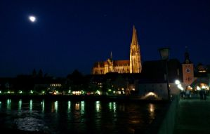 Regensburg at night by cactusmumkate