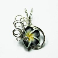 Wire Flower Perfume Pendant 10 by Create-A-Pendant